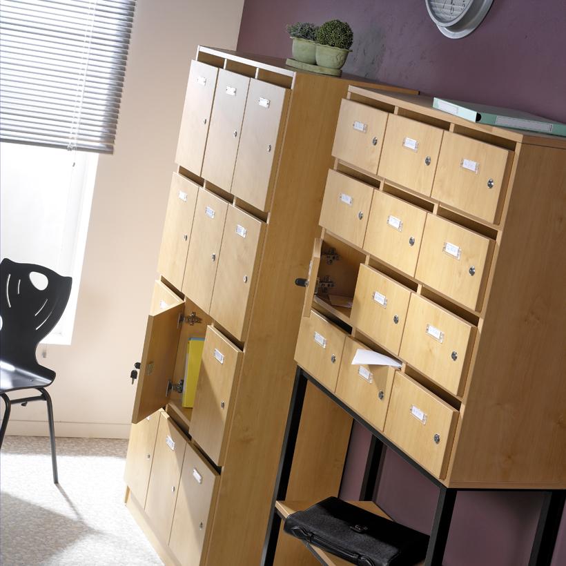photo-decor-meubles-rangement-professeur